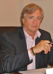 Dr Pierre André